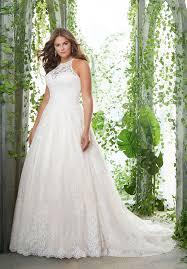 bridal delights for plus sized brides