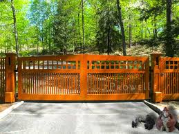 Prowell S Wood Craftsman Driveway Gate 16