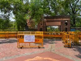 Covid-19: Delhi University postpones open book exams for final ...