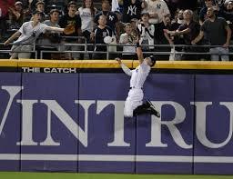 Adam Engel, Chicago White Sox center fielder, is Gold Glove finalist