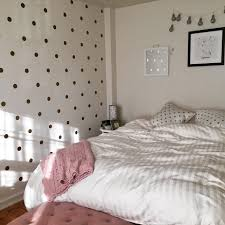 Amazonsmile Gold Wall Decal Dots 200 Decals Easy Peel Stick Safe On Walls Paint Removable Metallic Viny Gold Wall Decals Polka Dot Decor Round Decor