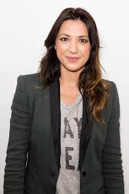 Michelle Branch Shared a Sweet Photo of Herself Breastfeeding Her ...