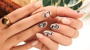 15 stunning oval nail designs to try at