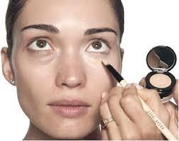 cover dark circles with makeup 2020