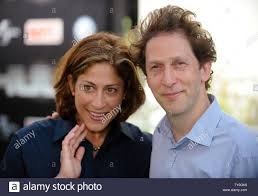 Tim Blake Nelson And Wife Lisa Benavides High Resolution Stock Photography  and Images - Alamy
