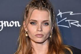 Abbey Lee Kershaw Pictures, Photos & Images - Zimbio