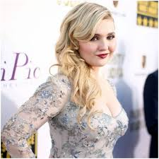 "Abigail Breslin -""I was in a relationship with my rapist & feared ..."