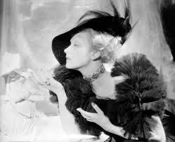 Cecil Beaton, el artista que retrató tanto el glamour como el ...