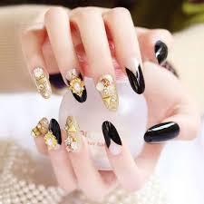 Modne Paznokcie 2020 Crystal Nails A Moze Eklektyczne Wzory