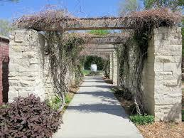 lauritzen gardens victorian garden