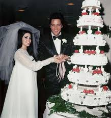Inside Elvis and Priscilla Presley's Marriage - Why Did Elvis and Priscilla  Get Divorced
