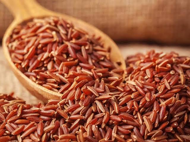 Khasiat Makan Nasi Merah Cegah Kanker Payudara sampai Anemia