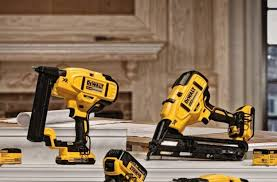 brad nailer vs finish nailer the