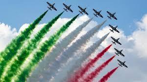 Frecce Tricolori: quando passano e come vederle. Date e orari ...