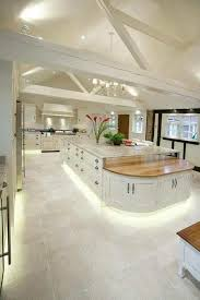 Pin by Therese West on House - Kitchen in 2020   Luxury kitchen design,  Luxury kitchens, Kitchen layout