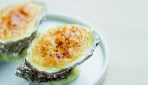 Recipe of oyster gratin with champagne ...