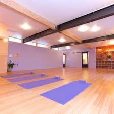 free yoga cles near encino
