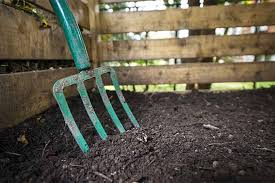 how to use peat moss in the garden
