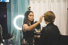 how do you book a mac makeup lesson