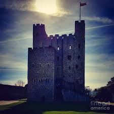Rochester Castle Photograph by Ivan Stevens