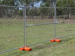 A Handrail Is Fixed On The Temporary Fencing Panels Fence Panels Fence Shade Cloth