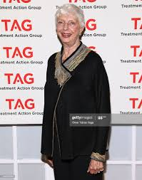 Dr. Polly Harrison attends the 2011 Research in Action Awards at the...  News Photo - Getty Images