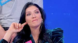 Uomini e Donne: Tina s'infuria con Giovanna, lunedì la scelta di ...