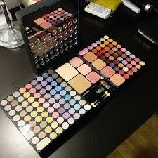 marionnaud large make up palette