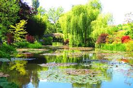 visiting monet s garden in giverny