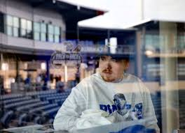 Hansen: Royals fan who watched World Series run from hospital bed ...
