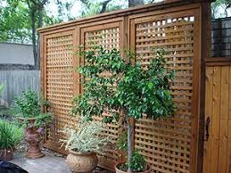 Http Www Braunderalumber Com Images Mydeckandpatiolattice Jpg Privacy Fence Landscaping Backyard Fences Backyard Privacy