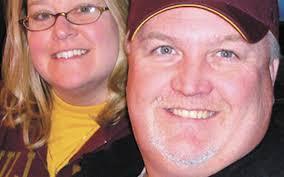 Michael and Suzanne Johnson 25 wedding anniversary   Duluth News Tribune