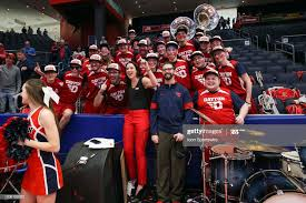 Dayton Flyers head coach Shauna Green poses for photographs with ...