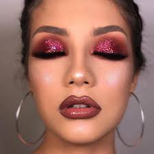 makeup looks make you more attractive