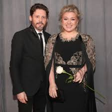 Kelly Clarkson announces her split with ...