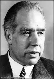 Niels Bohr, the Danish physicist who... - Quantum Mechanics | Facebook