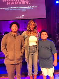 """Kirsten West Savali on Twitter: """"Huge thanks to @Beyonce for putting smiles  on my sons' faces today. #BeyGOOD and @StJohnsDowntown are doing  extraordinary work. #Harvey… https://t.co/ZeWuJUIT2r"""""""
