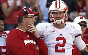Joel Stave cleared to play, remains the starter