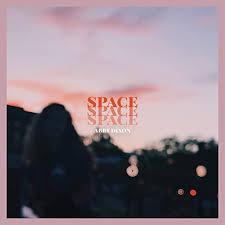 Space di Abby Dixon su Amazon Music - Amazon.it