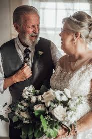 Pictures Taken by Abigail For George and Virginia's 60th Anniversary | I  Could Scroll Through This Couple's 60th Anniversary Wedding Shoot All Damn  Day | POPSUGAR Family Photo 3