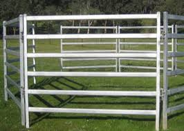 Easily Setup Metal Farm Fence Pipe Corral Panels For Goats Anti Corrosion