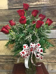 romantic red roses in centerville ia