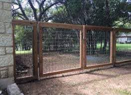 Cattle Panel Fence Double Gate Backyard Fence Decor Types Of Fences Cattle Panel Fence