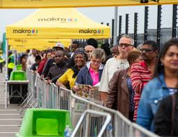 makro successfully opens another