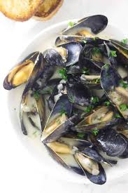 Mussels in Garlic Wine Sauce - Savor ...