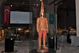 Altın Elbiseli Adam, Anadolu Medeniyetleri Müzesi'nde :: TÜRKSOY
