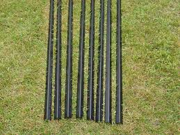 9 Freedom Fence Post 8 Pack 9 Tall Black Angled Steel Deer Fence Posts Amazon In Garden Outdoors
