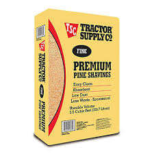 Tractor Supply Fine Premium Pine Shavings Covers 5 5 Cu Ft 500f At Tractor Supply Co