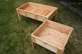 elevated garden beds on legs plans