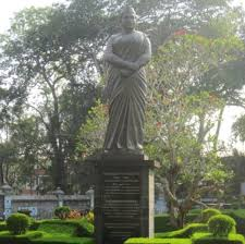 Yentha's series on historical personalities - those who now live as  'lifeless' statues in various parts of the capital city. He… | Statue,  Historical, Buddha statue